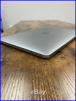 15 Late 2016 Apple MacBook Pro Touch Bar 2.6GHz i7 16GB RAM 256GB SSD