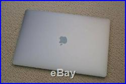 Late 2016 Apple 15 MacBook Pro Retina 2.6GHz i7/16GB/256GB/Touch Bar MLH32LL/A